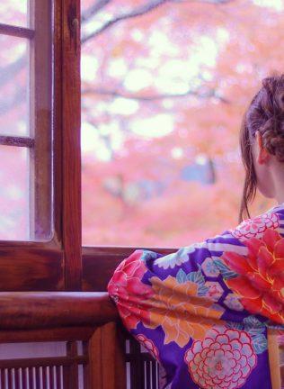 浅草着物レンタル・令和服でアンティーク柄の着物を着たい!普通の着物の違い