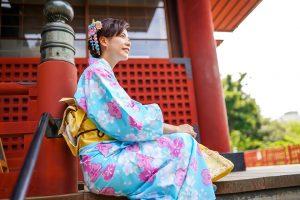 浅草寺で着物