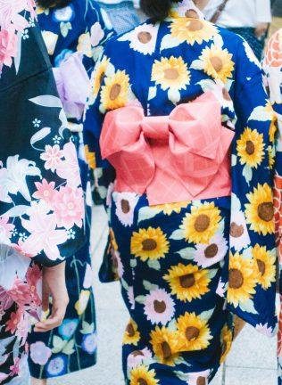 浅草で当日に着物レンタルするなら令和服へお越しください!