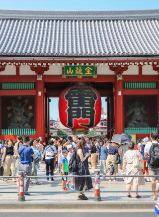 浅草寺で着物レンタル